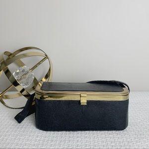 Vintage mid century box purse.